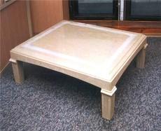 Декоративний стіл СТ-3