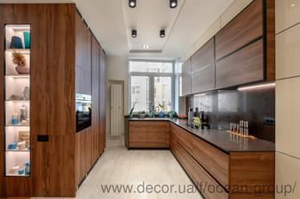 Кухня из ДСП Egger и столешницей CEASARSTONE — Ocean Group
