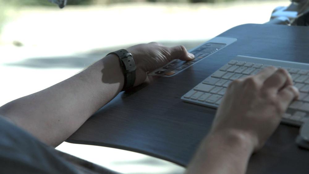 Интегрированная клавиатура Signature Altwork Station