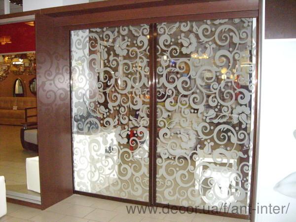 Межкомнатные раздвижные двери и перегородки: новые боковые профили