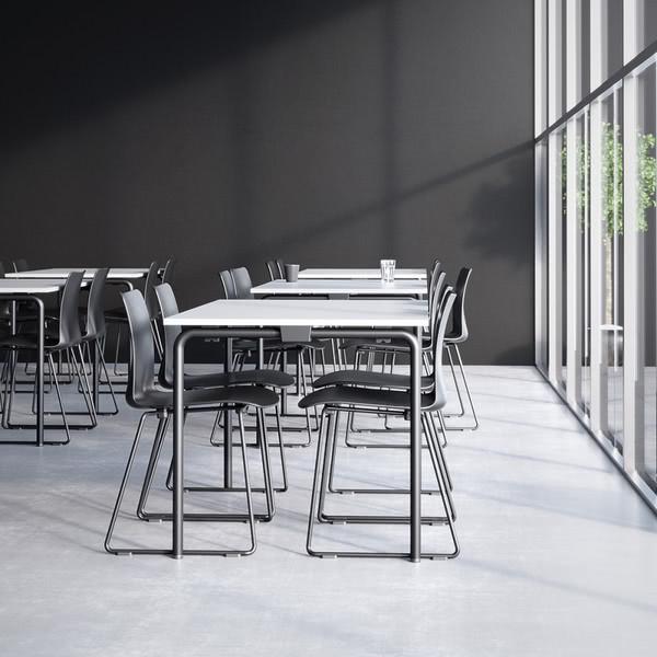 Датская компания разработала легкий складной стол для публичных пространств