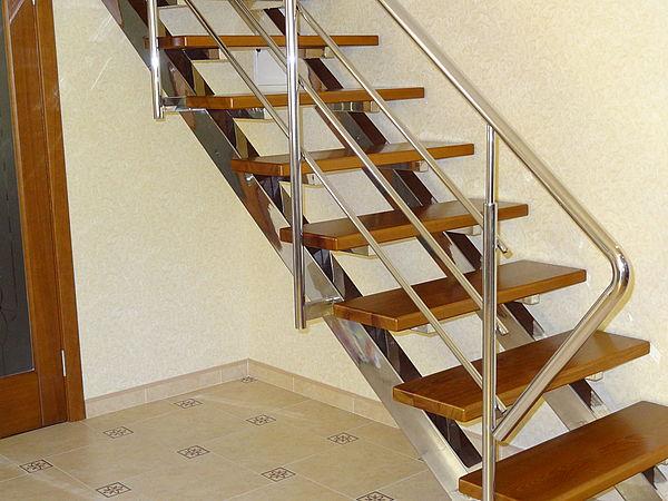 Лестница под ключ, замер, установка вовремя (Строительство