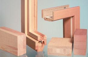 Клеї ТМ Клейберіт для склеювання деревини (меблевого щита, віконного та стінового бруса, несучих конструкцій) — Укрлеспромоптторг
